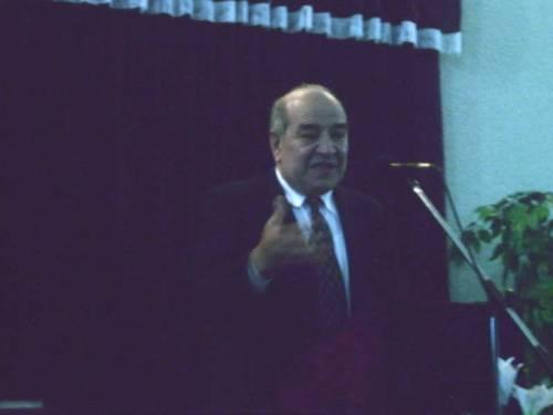 Pastor Sandu Dobrescu..jpg